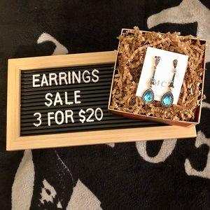 💐3/$20 🆕 Blue Water Drop Earrings